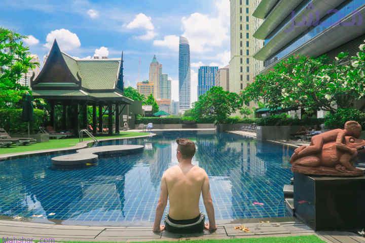 استخر هتل آتنی