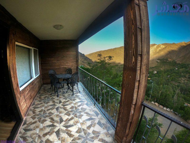 نمای از باکن در محل اقامت و اجاره کلبه چوبی مدرن و مجهز